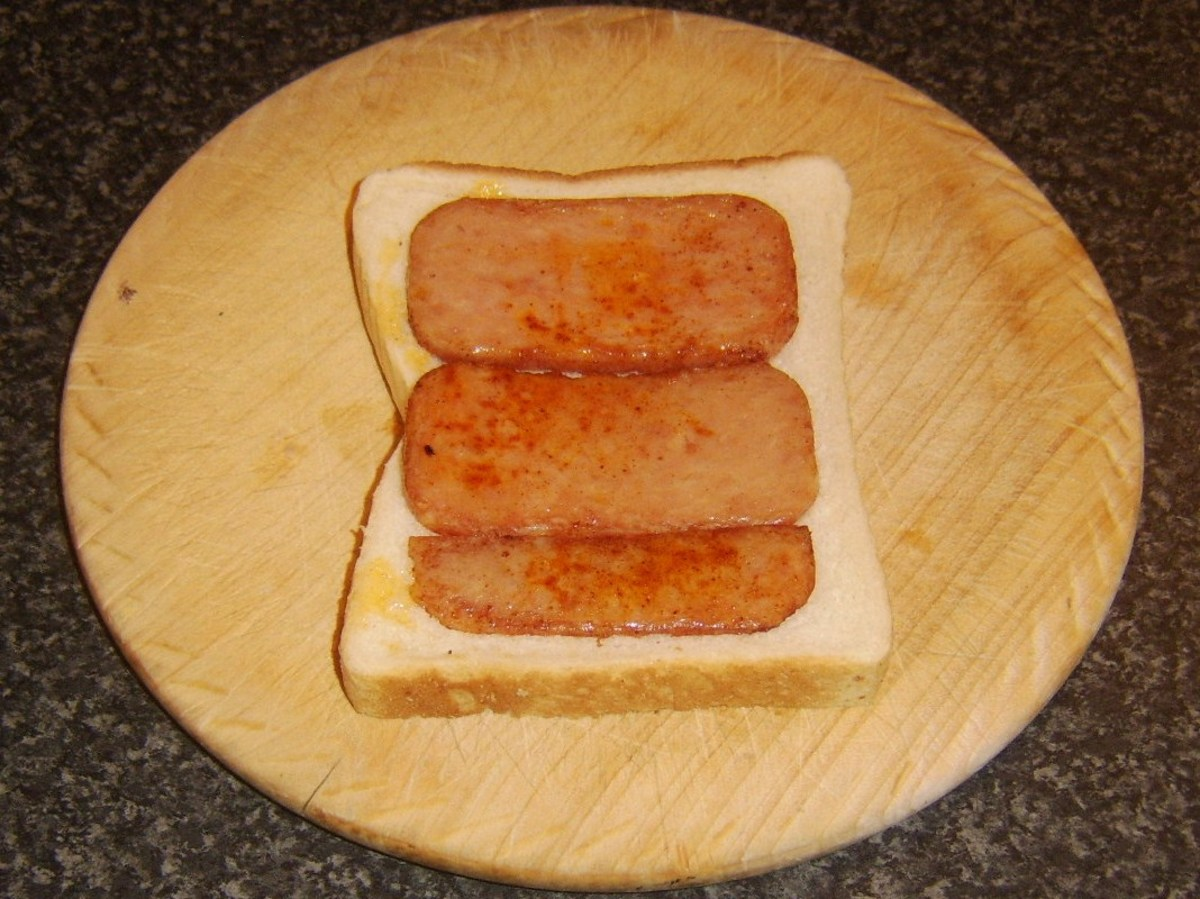 Fried Spam slices on bread