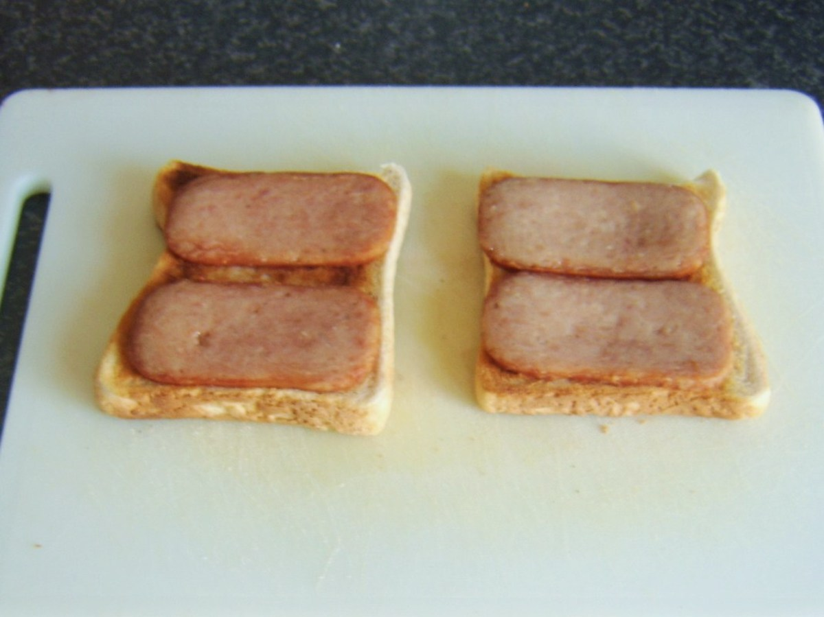 Fried Spam slices on toast