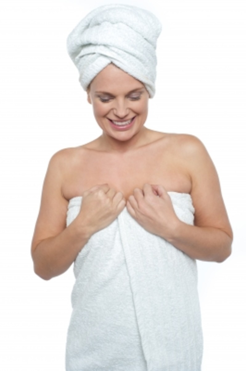 Moisturizing after bathing will allow your skin to radiate health and help to heal keratosis pilaris.