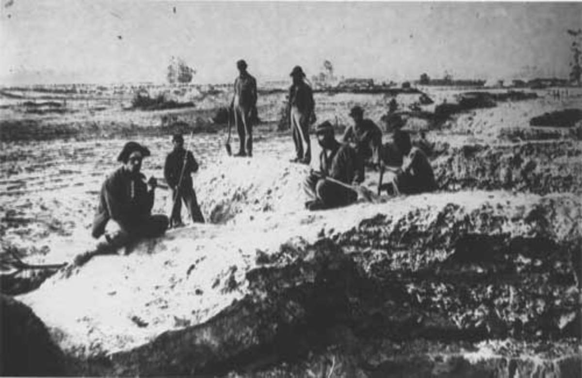 Troops dig a trench outside Petersburg, VA