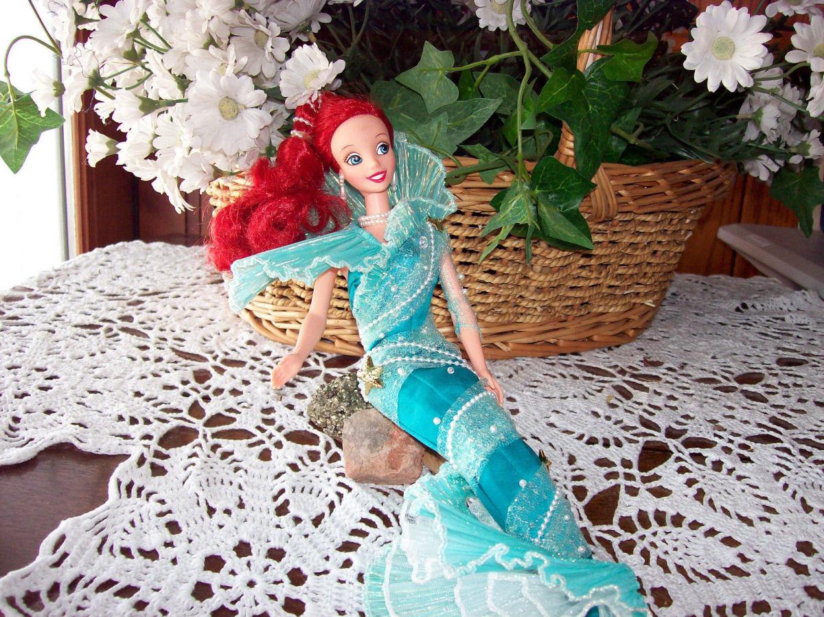 Mattel Disney Little Mermaid Aqua Fantasy Ariel Barbie