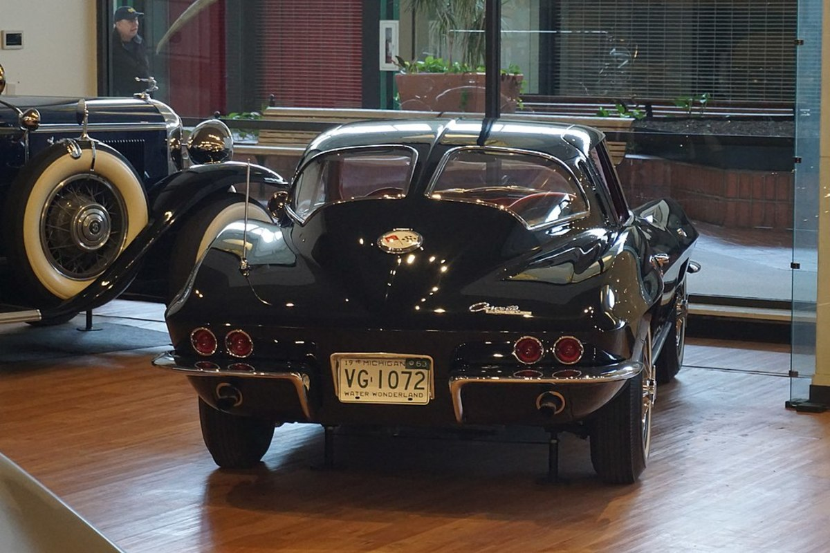 1963 Corvette Sting Ray Split-Screen Coupe