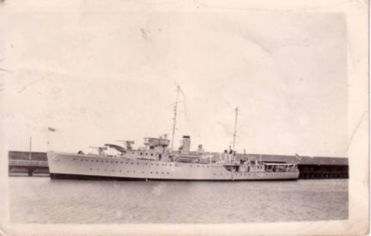 HMAS Yarra