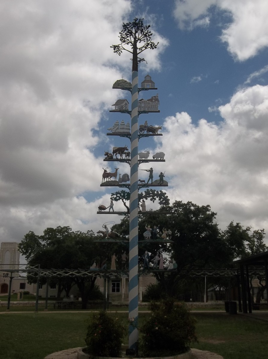 the-maypole-of-fredericksburg-texas
