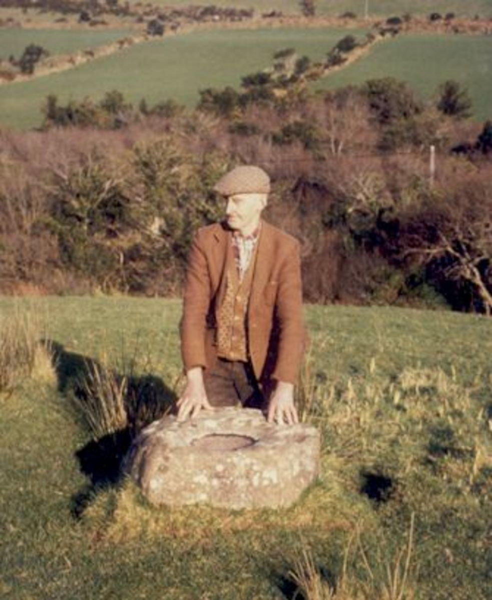 Tom Batt O Connor at the Mad Stone, Gleann na nGealt. Used with kind permission by Brigid O Connor.