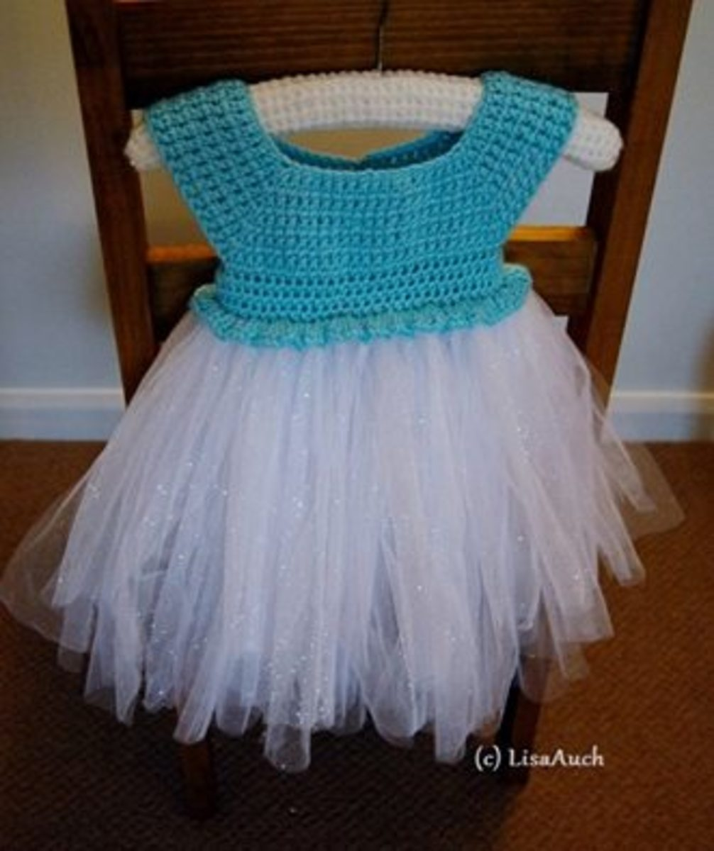Create a fabulous tutu Elsa Inspired dress for the younger ones.