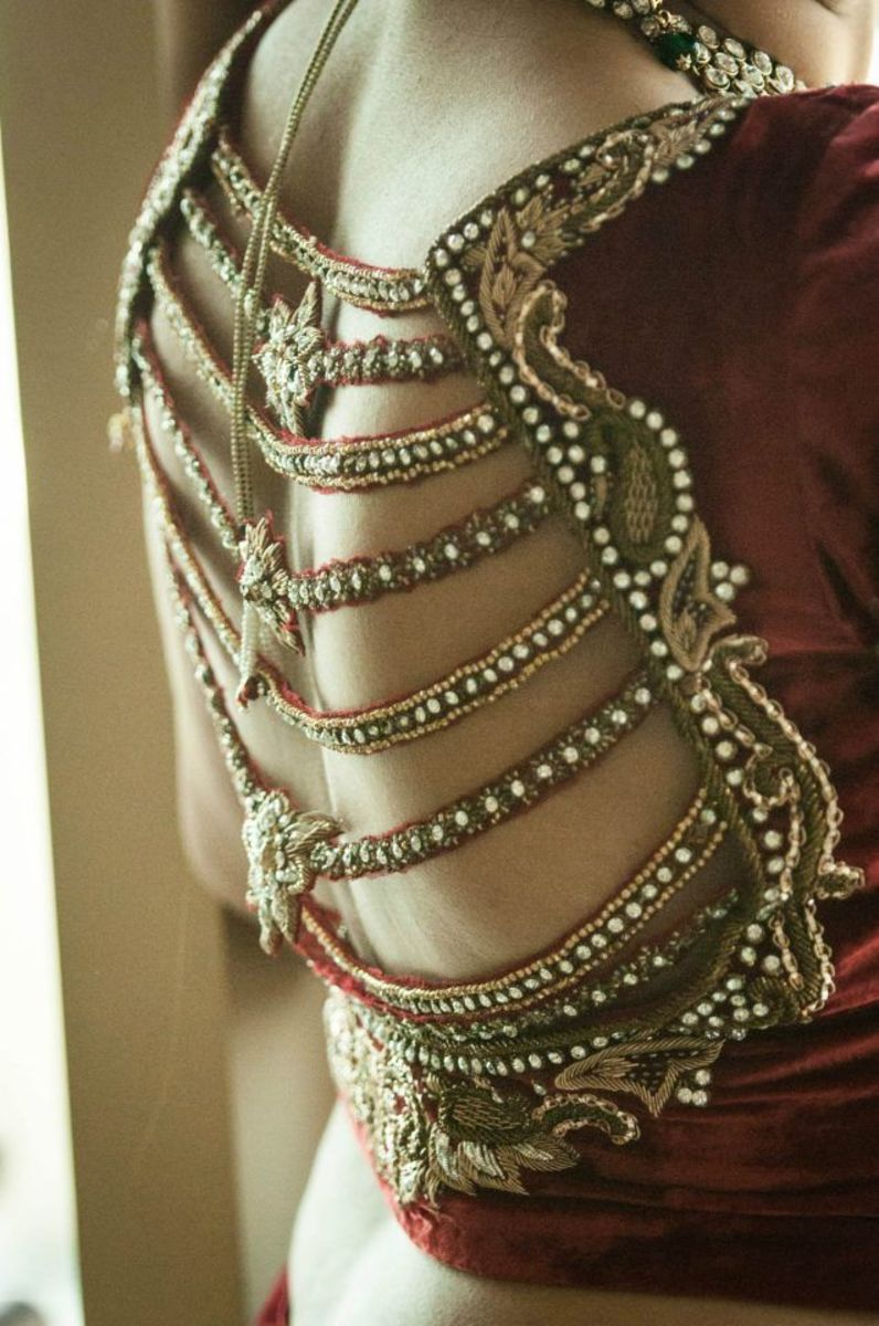 Gorgeous Saree Blouse Back design fit for a bride