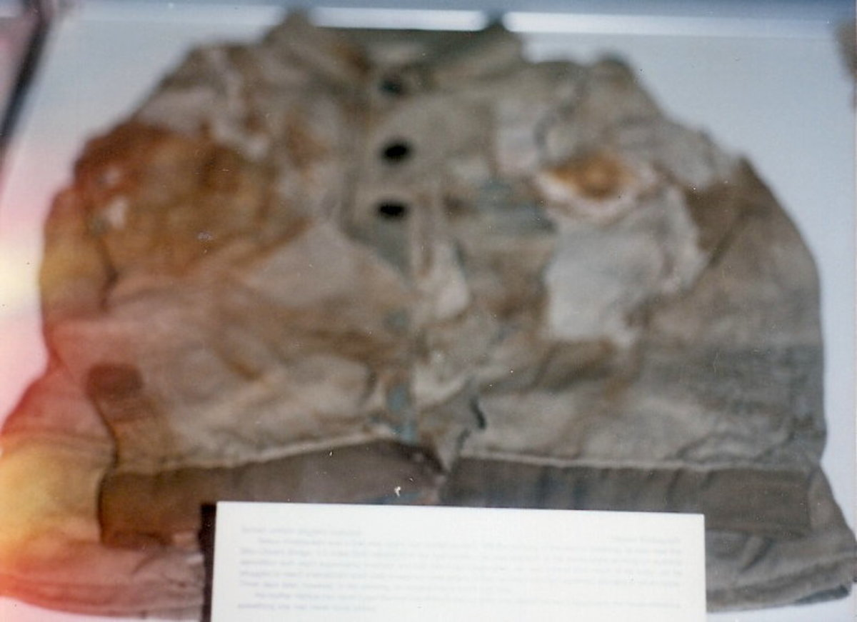 Clothing and other items from an atomic bombing.