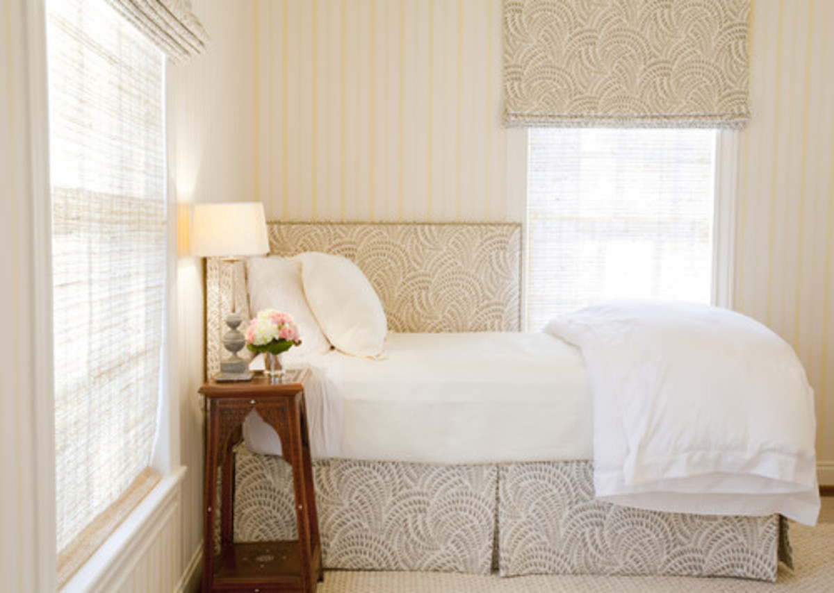 how-to-decorate-a-small-bedroom