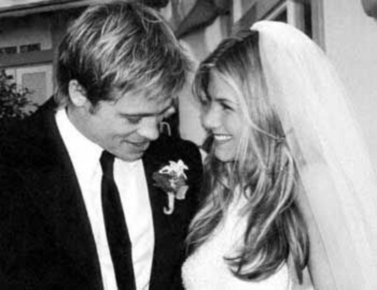 Brads first wedding to Jennifer Aniston in 2000