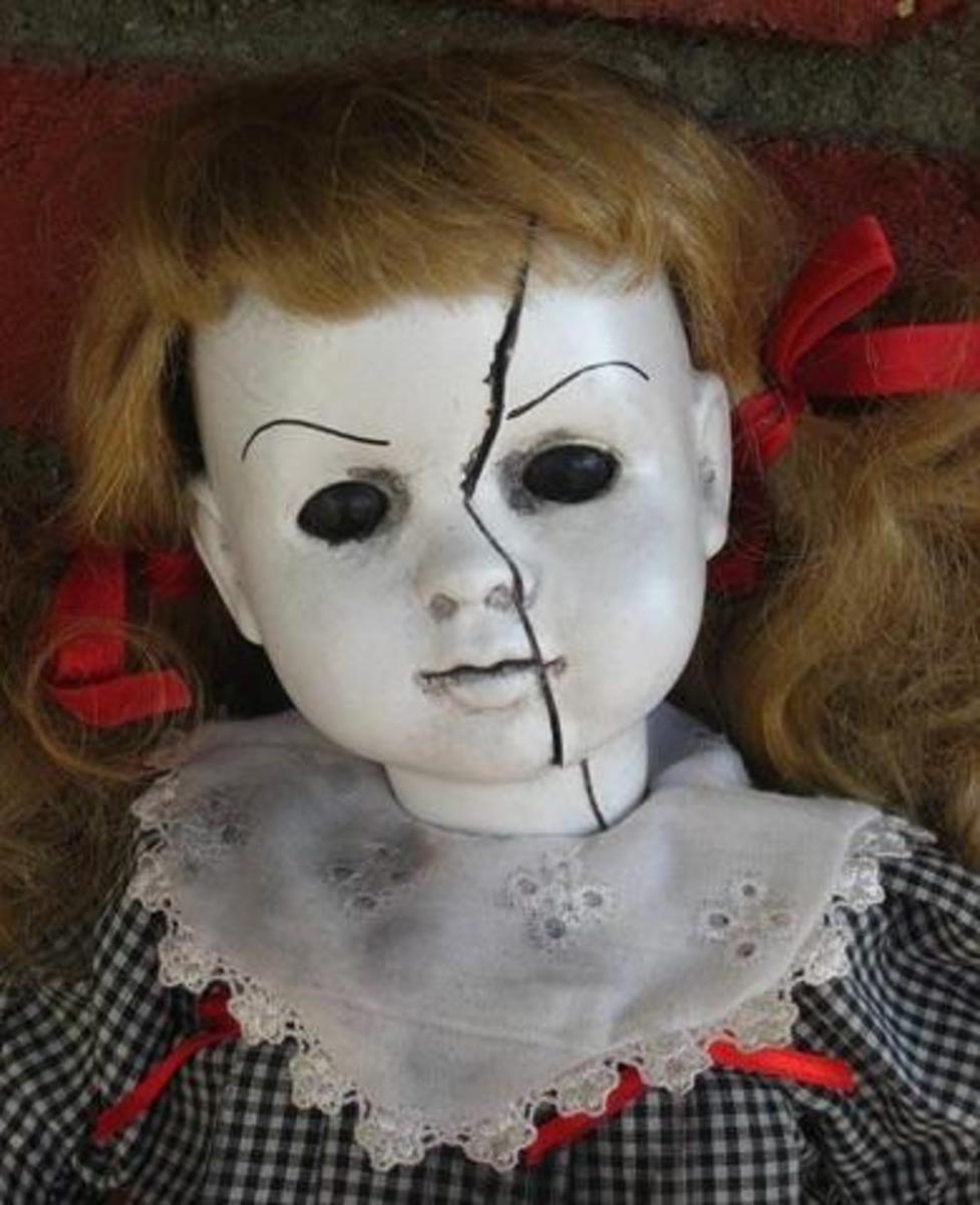 How to Photograph Creepy Porcelain Dolls