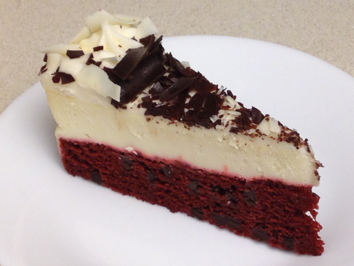 "Red Velvet Cake and Cheesecake, our new ""must have"" for holidayget-togethers"