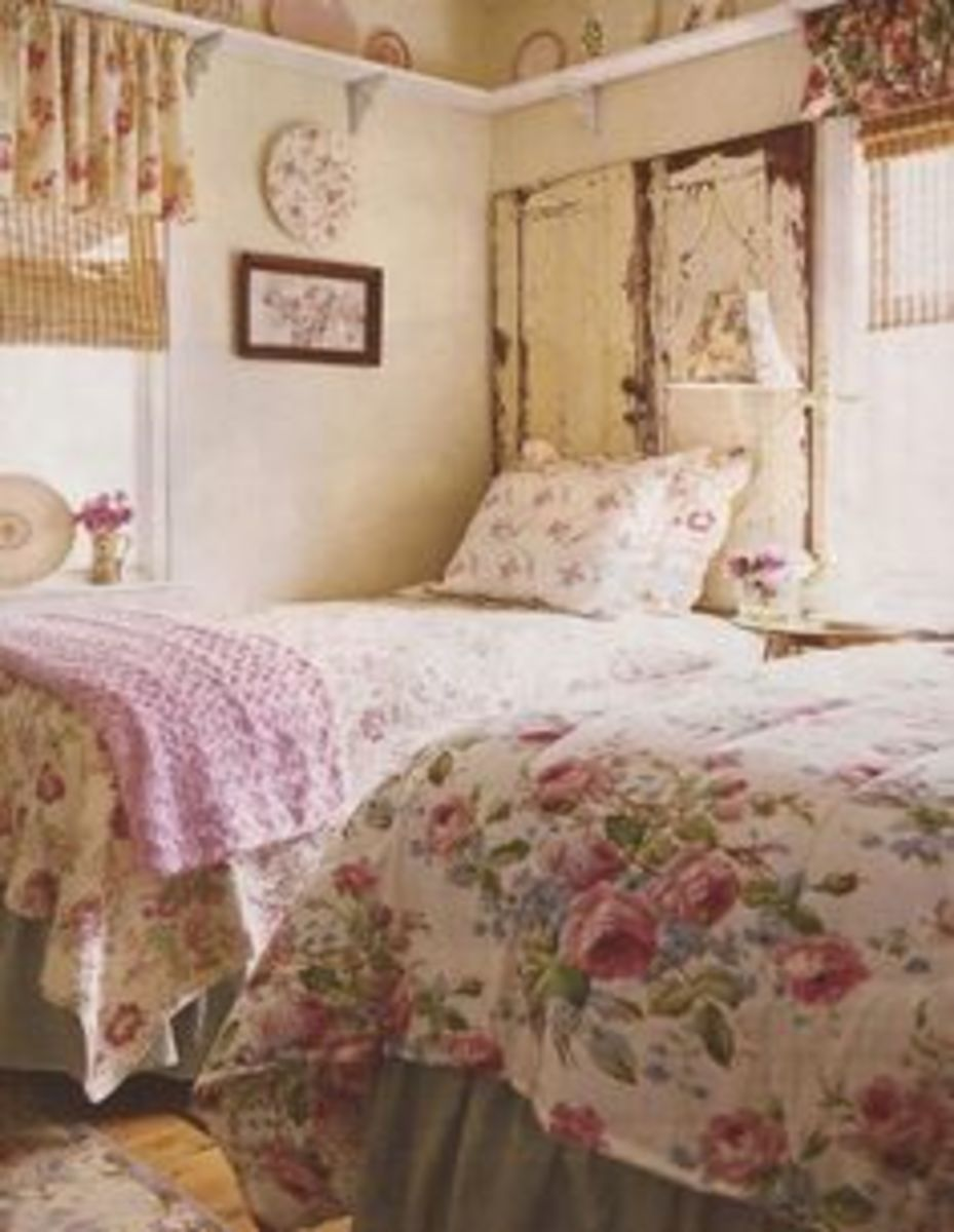 beautiful bedroom country cottage chic style with plate rail and flowered linens