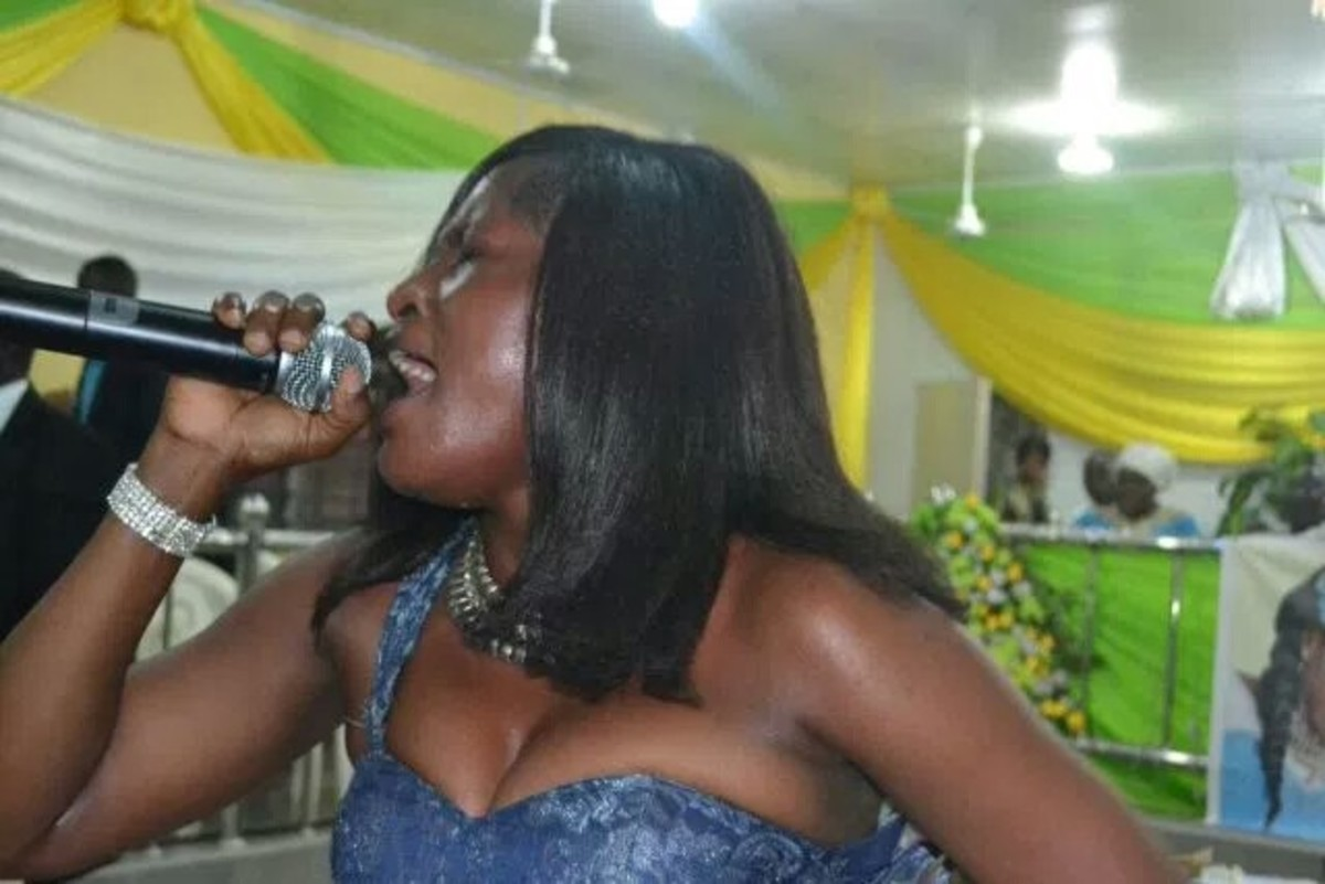 A woman who dressed indecently leading praise and worship in the church. This took place in a church located in Africa.