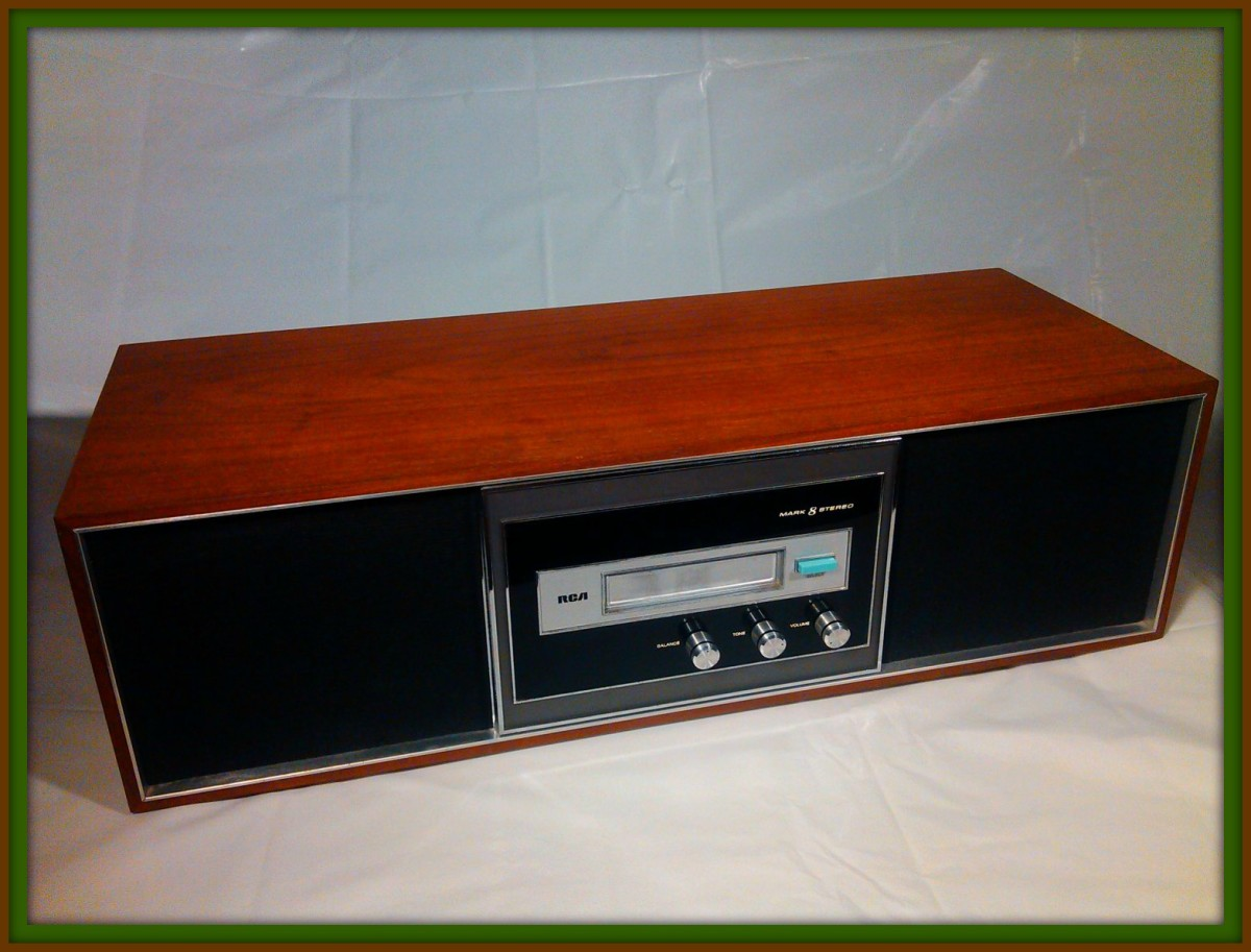 .  This RCA Mark 8 model has a beautiful hand finished and hand polished wood cabinet which includes two internal deluxe RCA speakers with excellent sound and calibrated to perfection.