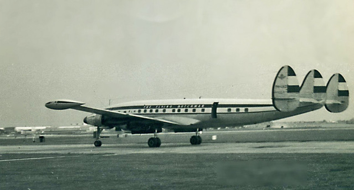A Lockheed 1049A Super Constellation in 1960, the same type of airplane that flew United Flight 718.