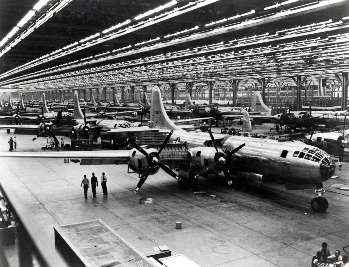 The B-29 being assembled in Wichita, Kansas in 1944.