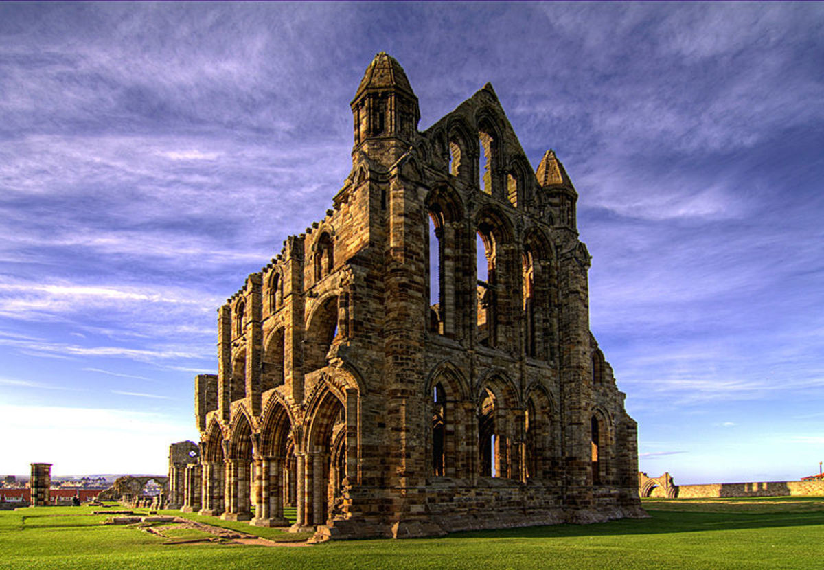 Ruins of Whitby Abbey in North Yorkshire, England. Chris Kirk CC-BY-2.0