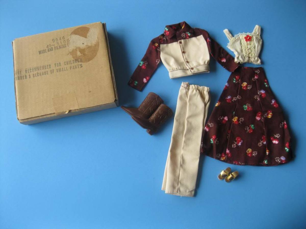 Floral Set  (Sears, #9046)