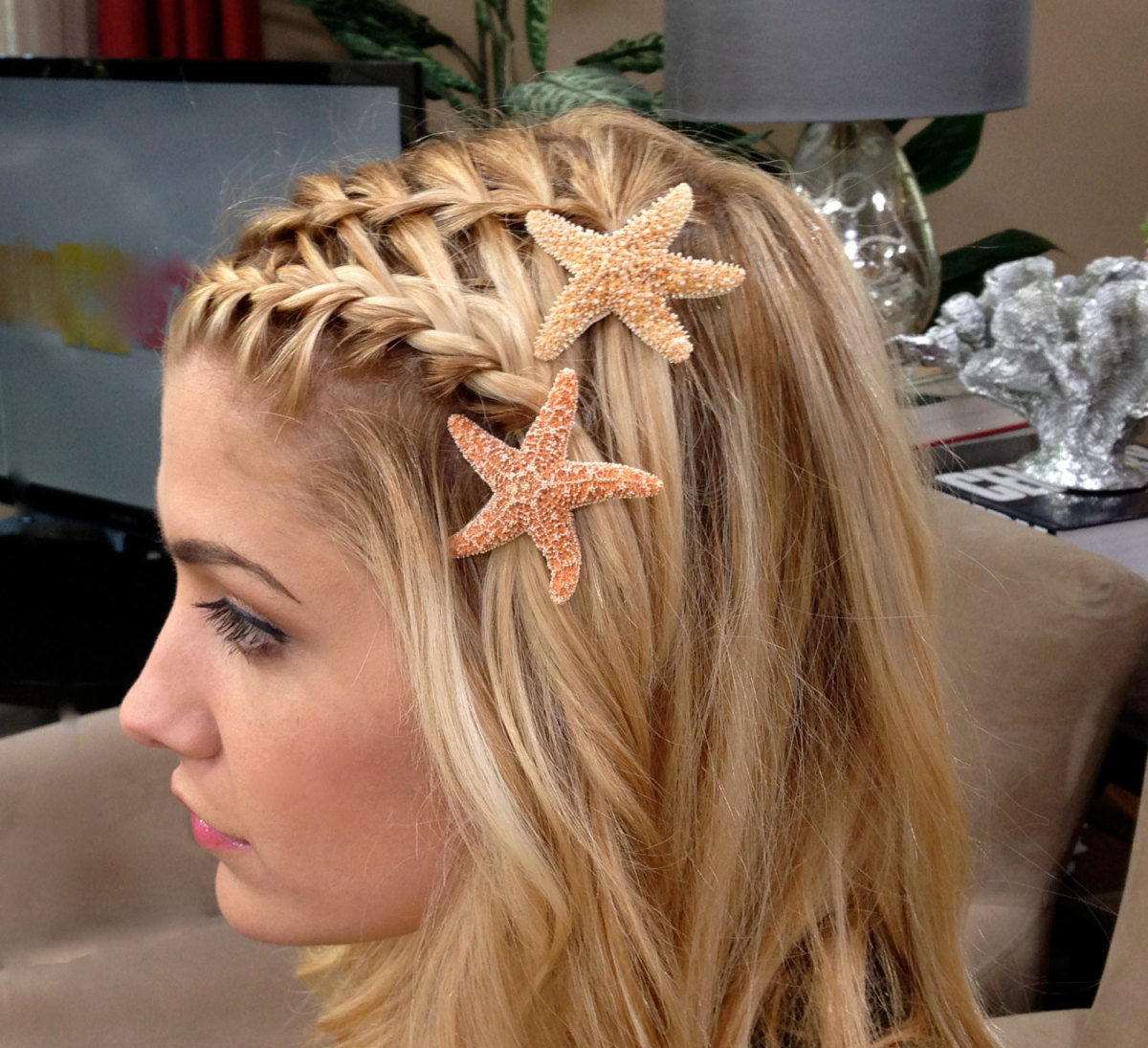 A beachy mermaid hairstyle