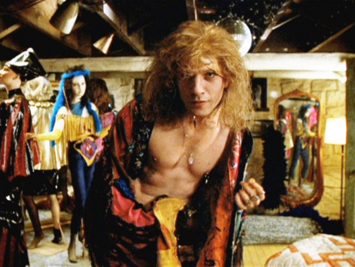 Ted Levine's portrayal of Buffalo Bill has been met with much criticism from the LGBT community, though could've been resolved by a deeper exploration of his character.