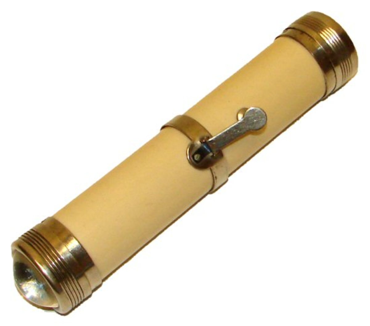 This flashlight was invented in 1899 by David Misell.