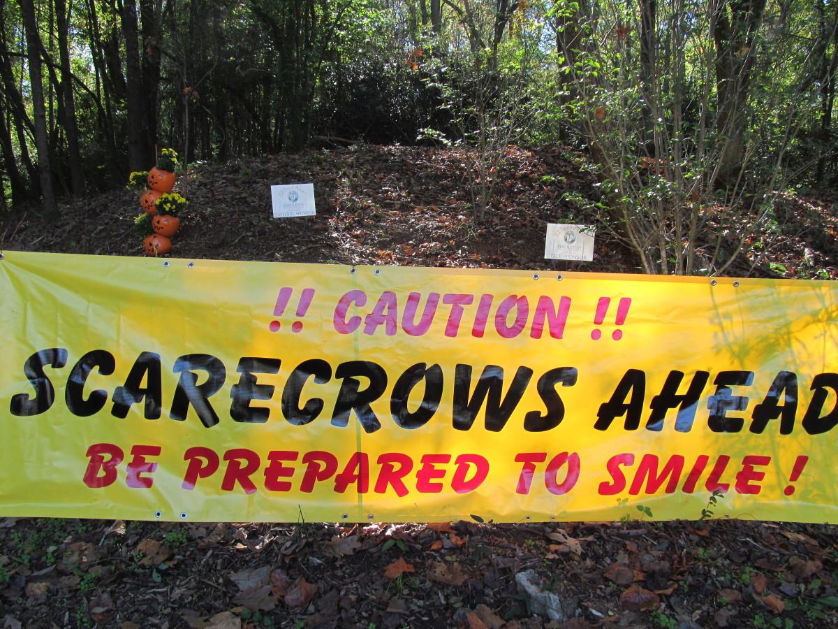 pendleton-scarecrow-contest-2015
