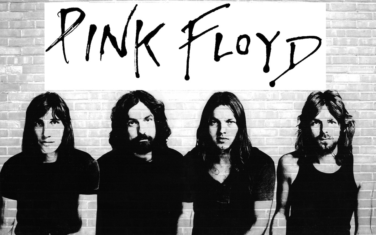 The most familiar line up Pink Floyd. From Left, Roger Waters, Nick Mason, David Gilmour and Richard Wright.