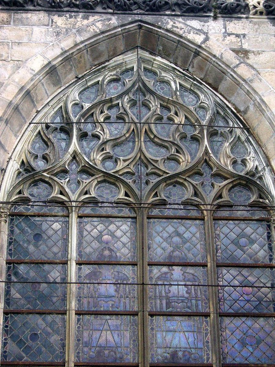 Flamboyant tracery at Limoges Cathedral.