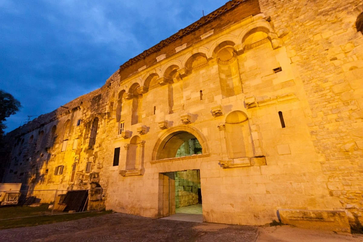 Diocletian's Palace, Golden Gate