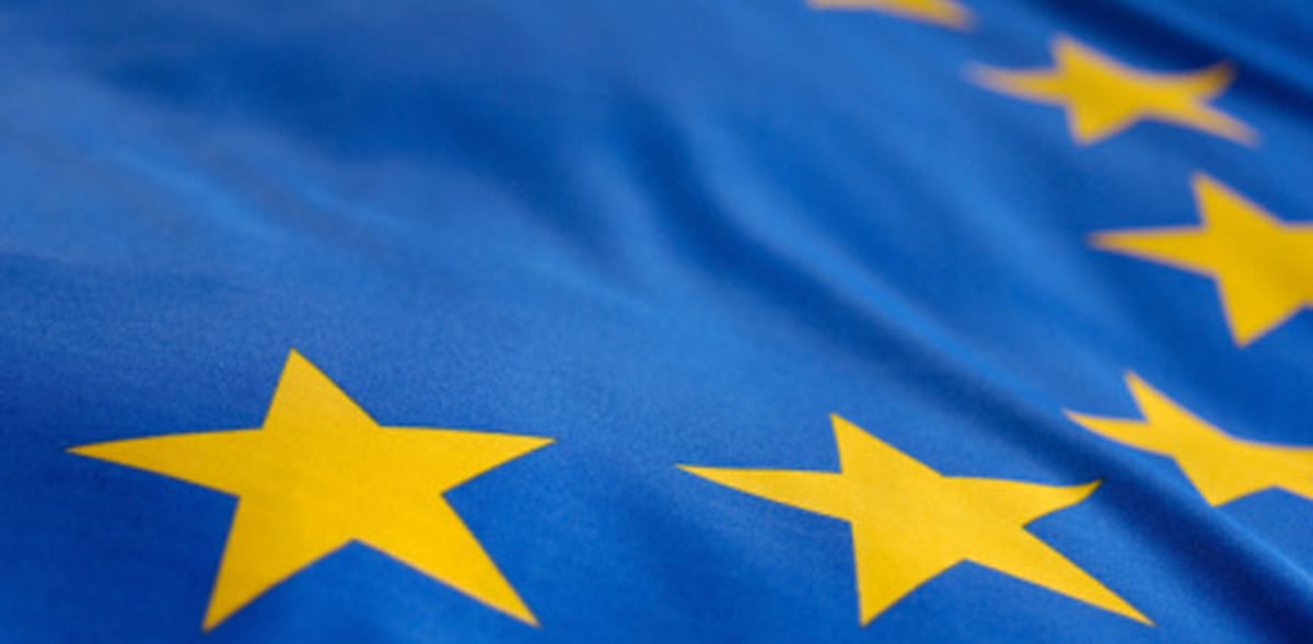 to-what-extent-do-the-benefits-of-membership-of-a-monetary-union-such-as-the-eurozone-outweigh-the-costs