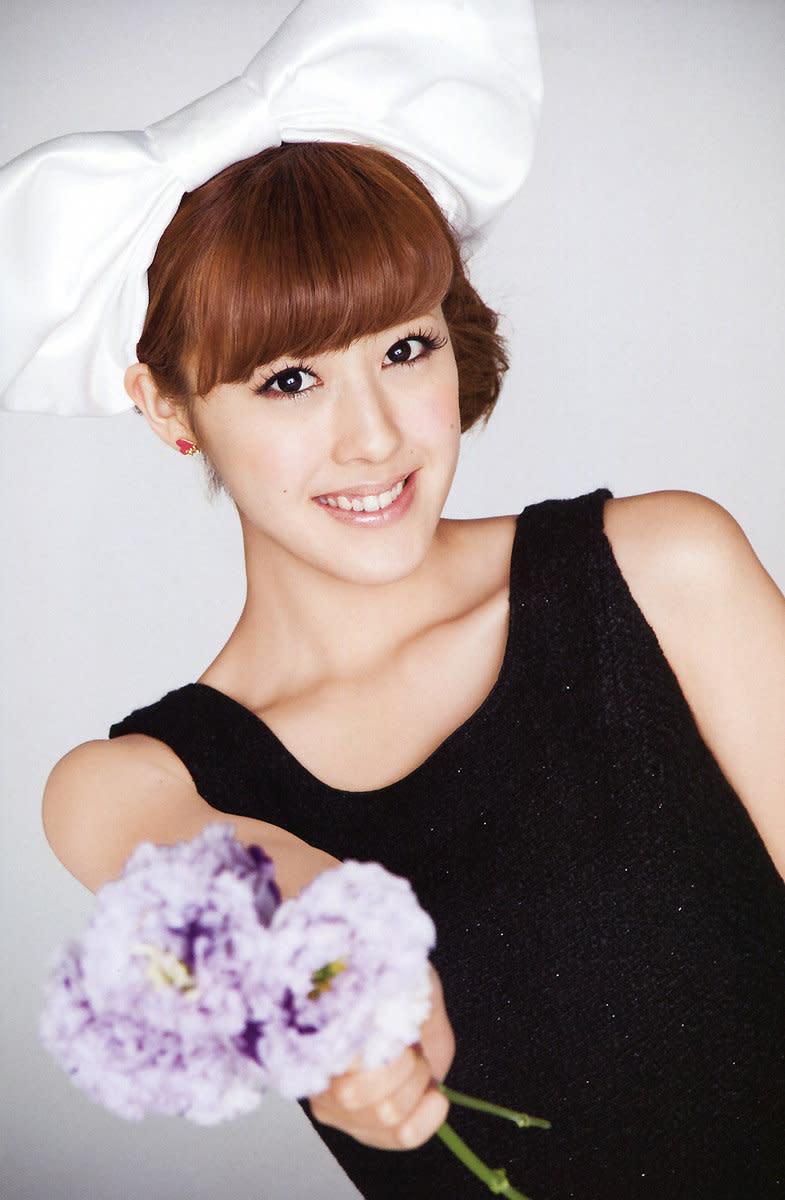 Miyabi Natsuyaki Japanese pop music singer and gravure idol from the group Berryz Koubou