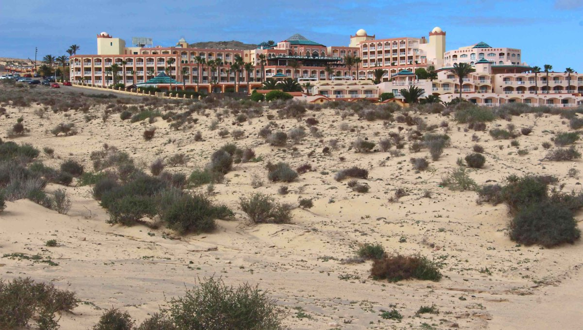 The Hotel H10 Esmeralda in Costa Calma - a resort in the southeast of the island. Typical of Fuerteventuran resort hotels and within a stone's throw of the beaches