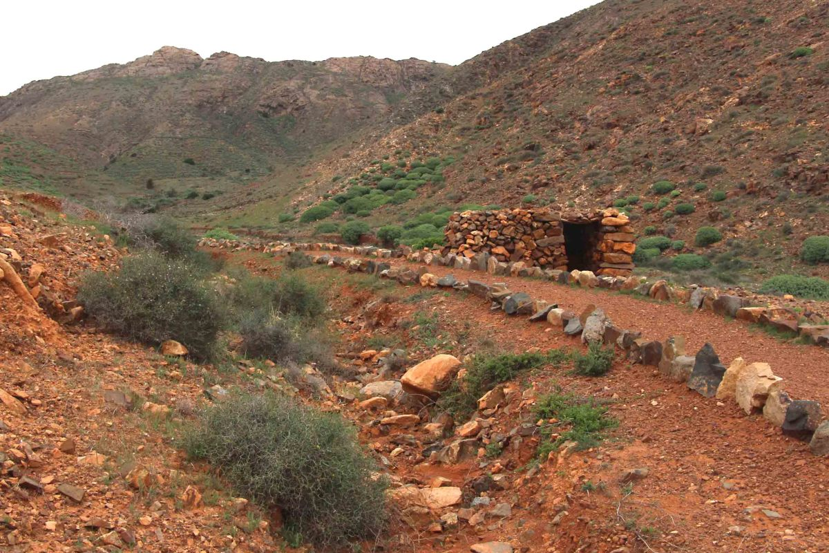 An attractive path to walk through the hills near the little village of Toto in Central Fuerteventura. A little stone hut provides shelter, and bottles of water are provided to quench the thirst of anyone who passes by