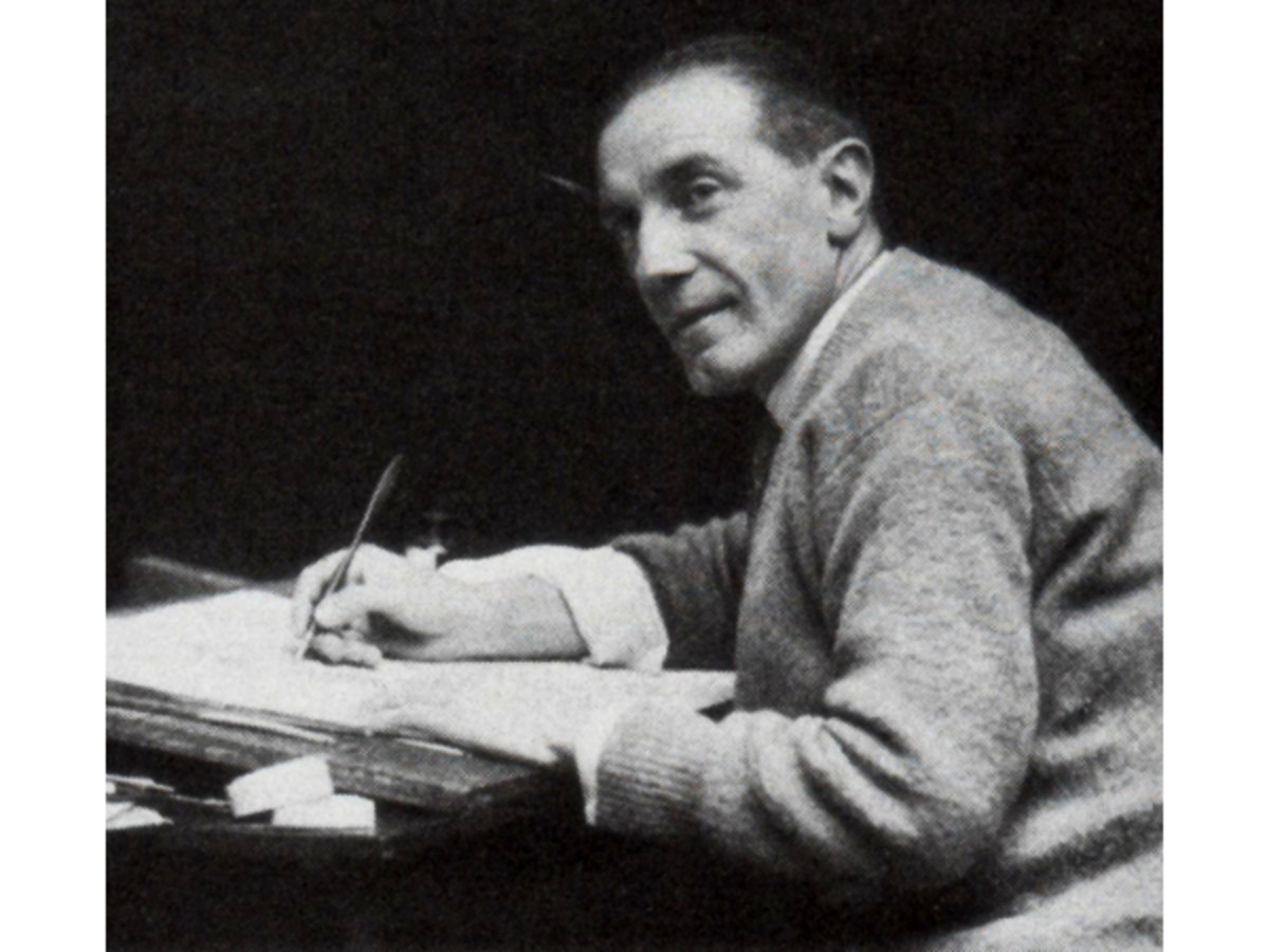 Here we show a vintage photograph of Frank C Pape.
