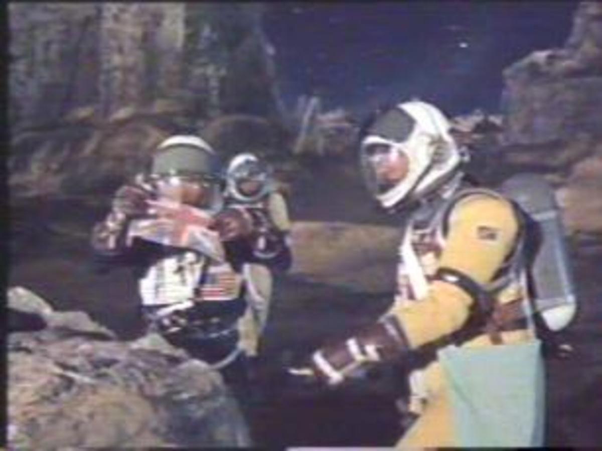Moon walk circa 1960 in First Men in the Moon.