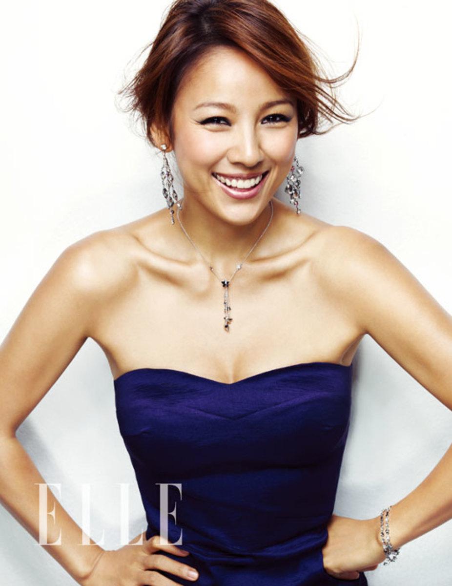 Hyori Lee in Elle Magazine (2013).
