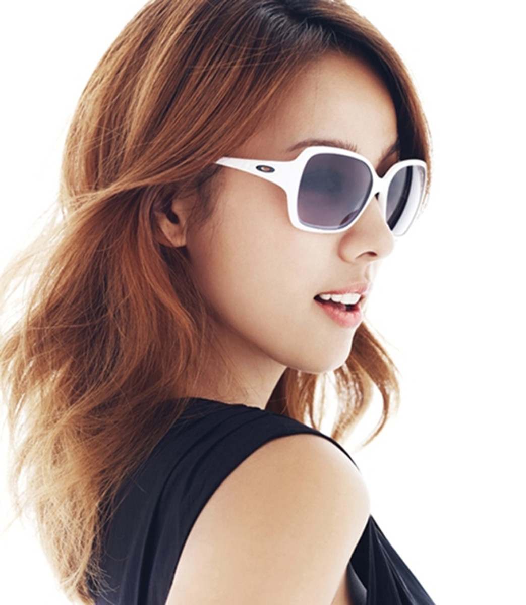 hyori-lee-a-look-at-this-beautiful-korean-pop-music-singer-and-supermodel-in-photos