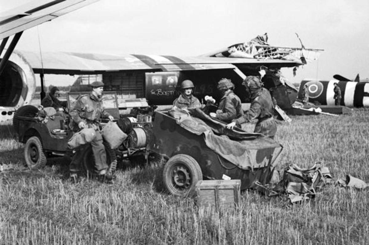 British paratroopers assemble by the gliders. Some jeeps were provided, the force was largely infantry and would find reaching the Rhine bridges an uphill task against regrouping German combat units. The element of surprise was lost.