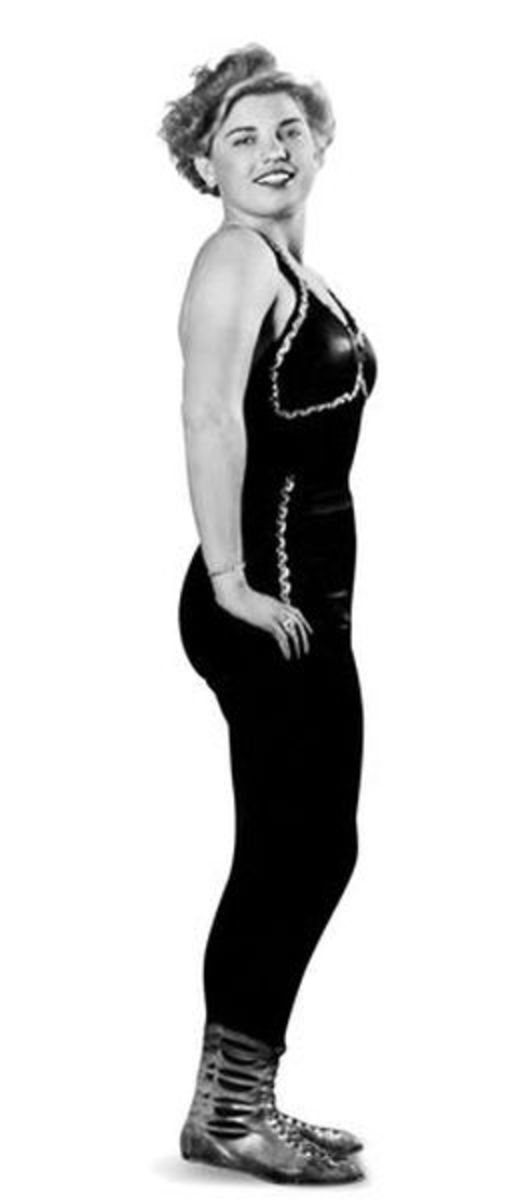 Classic Women's Pro Wrestling - Mae Young
