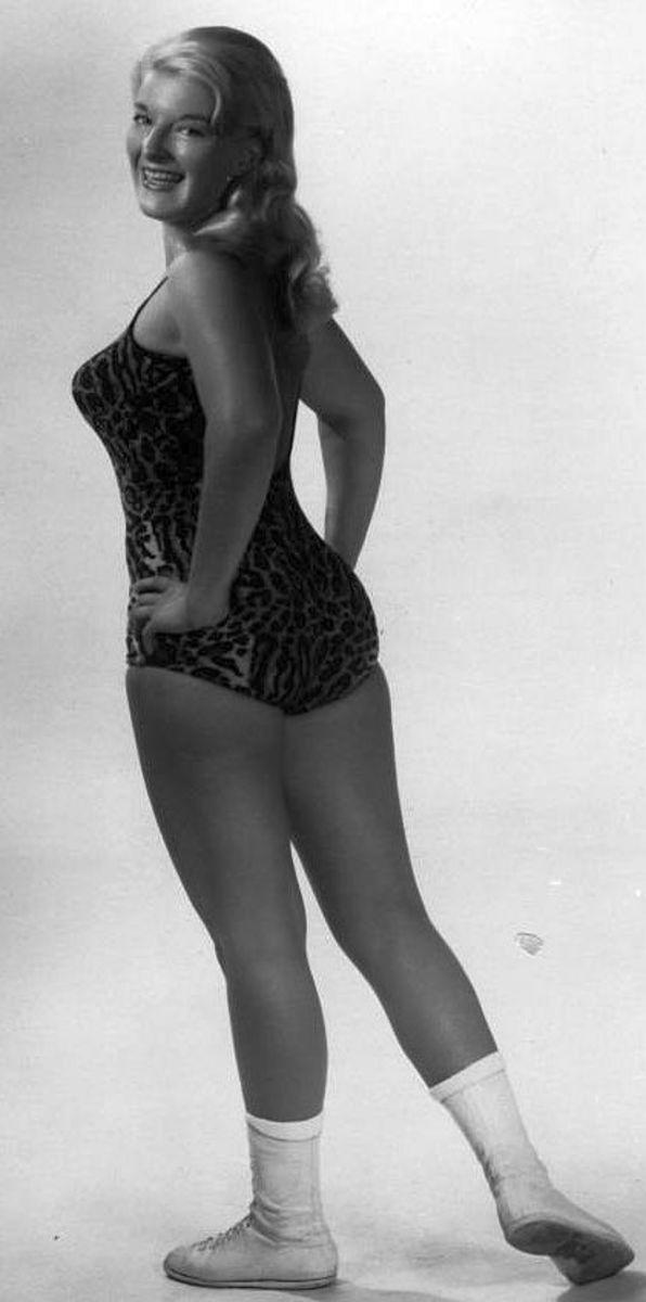 Classic Female Wrestling - Vivian Vachon