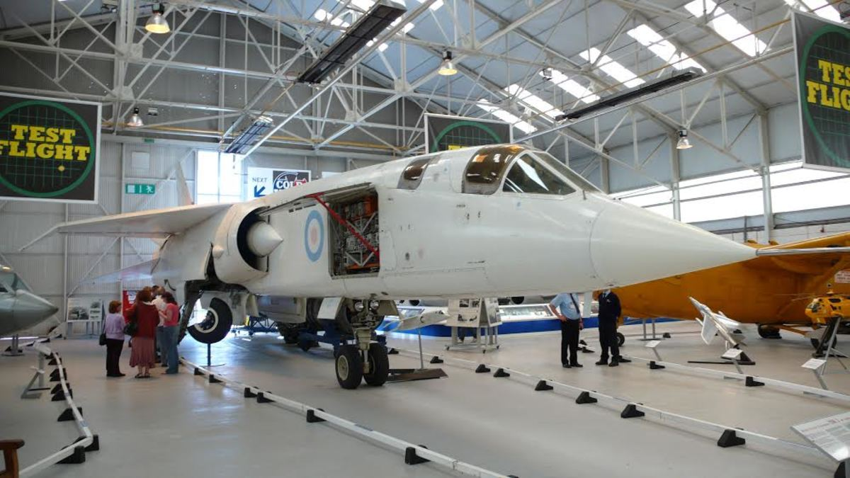 TSR2 cancelled aircraft - one of only two remaining.