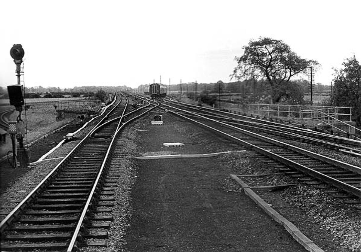 Looking the other way, a Liverpool-bound express negotiates Cordio Junction off the Main Line in 1966, within a year of the LNR's closure between Northallerton and Harrogate