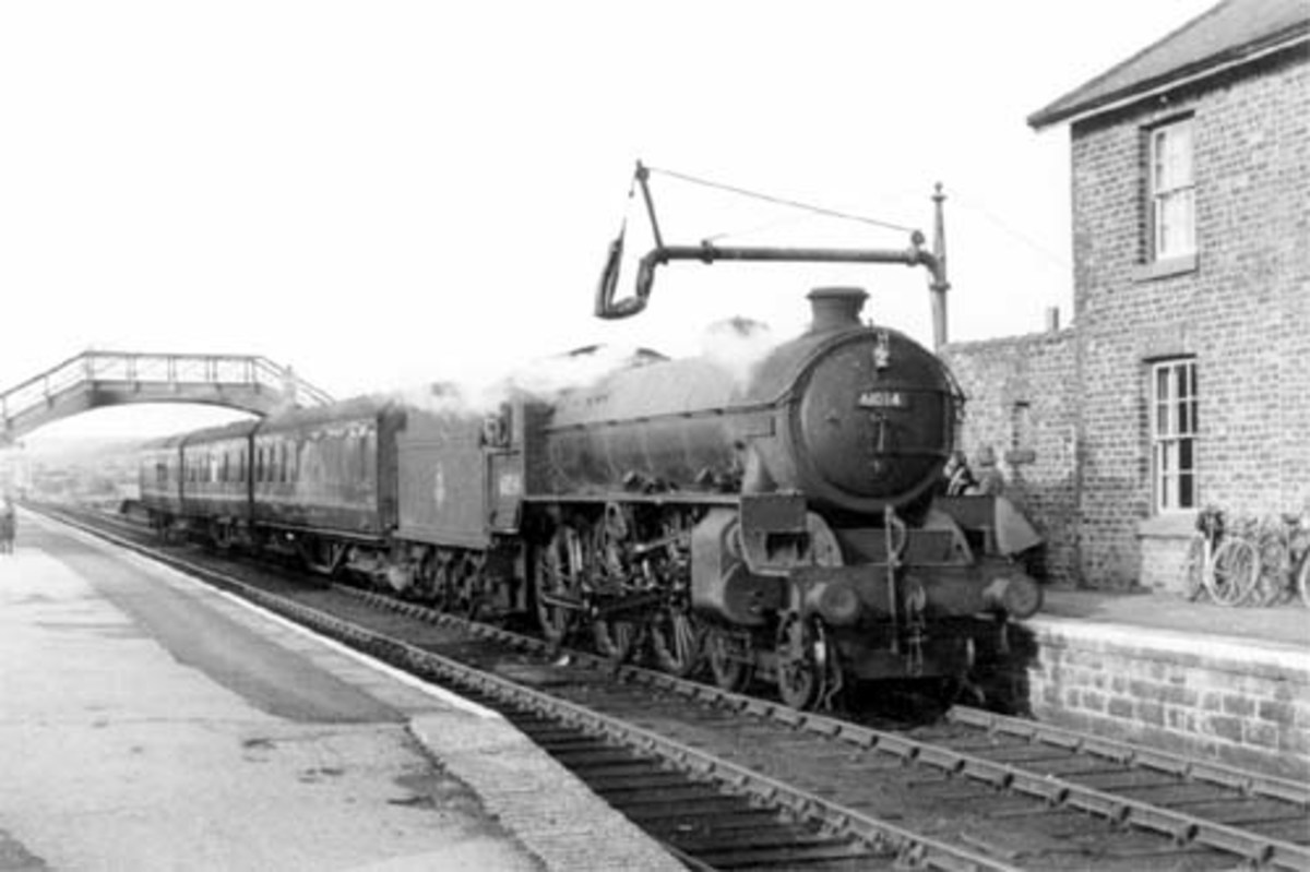 Battersby on the last day of operations to Picton, 14th June, 1954. Class B1 61034 'Chiru' of Stockton mpd (51E) awaits the 'off' with a train for Picton