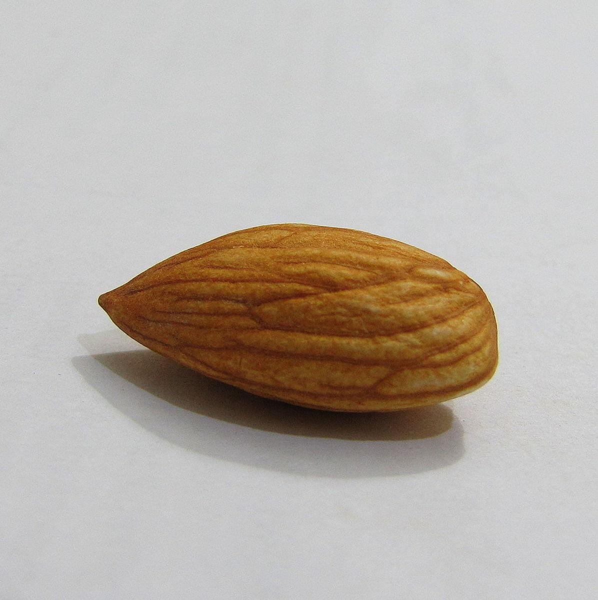 Almond gives skin lightening effect