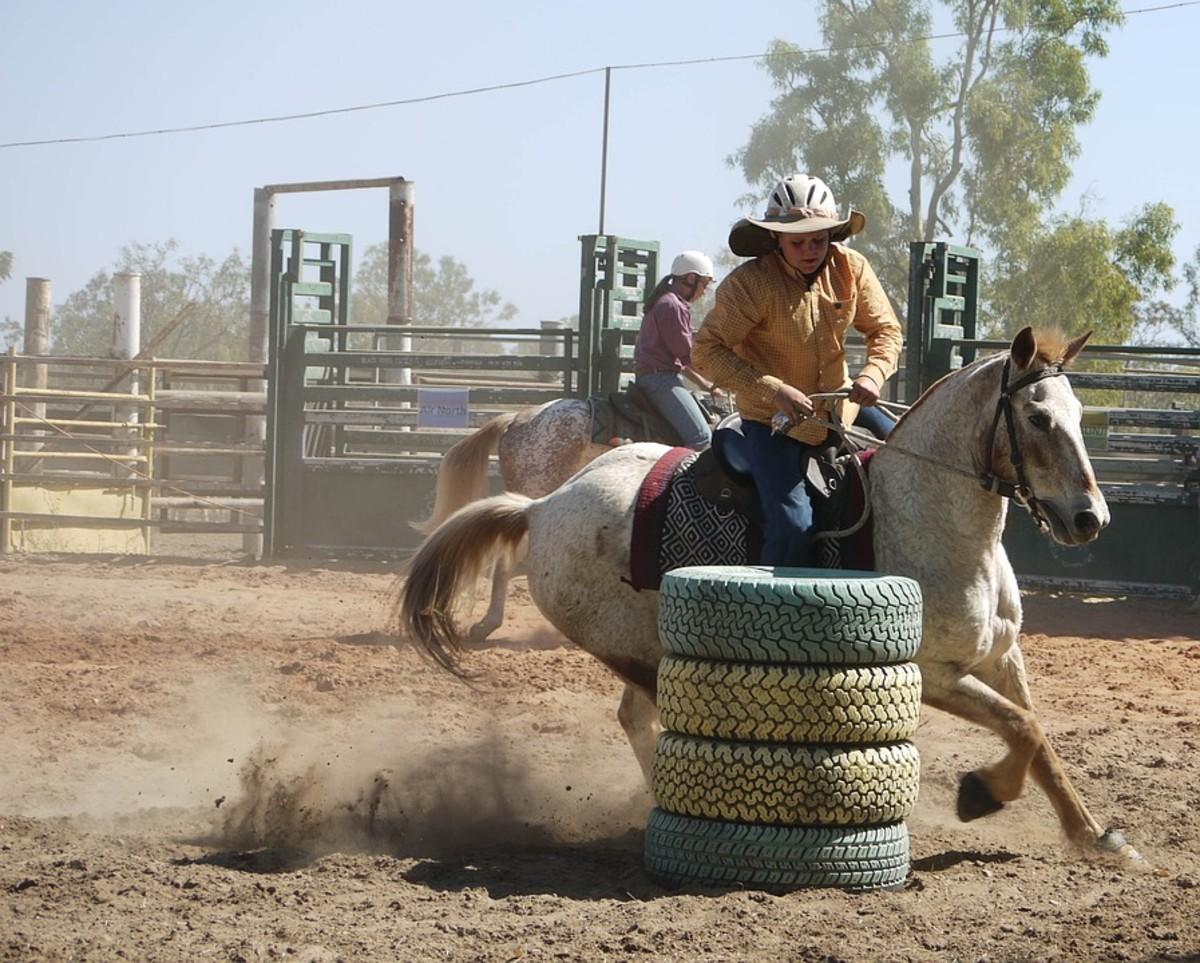 Gymkhana Barrel Racing