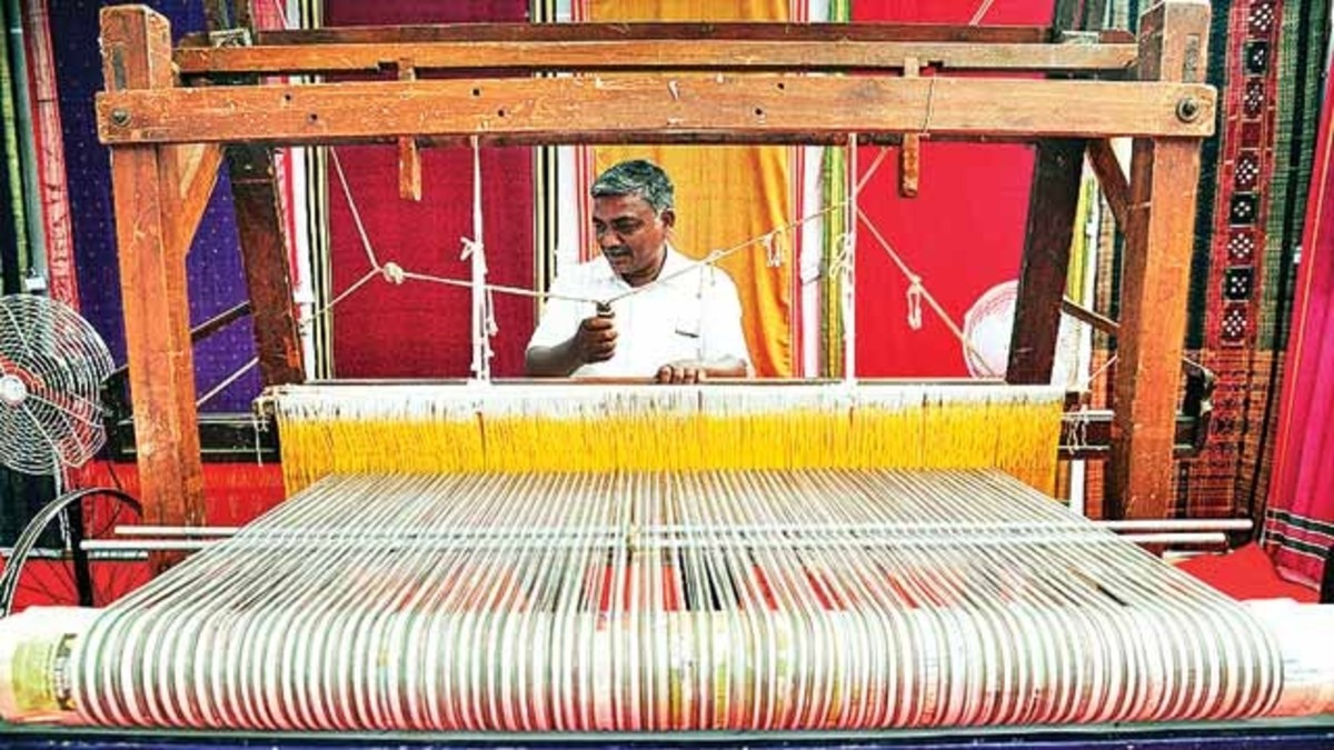 handloom-the-traditional-indian-weaving-technique