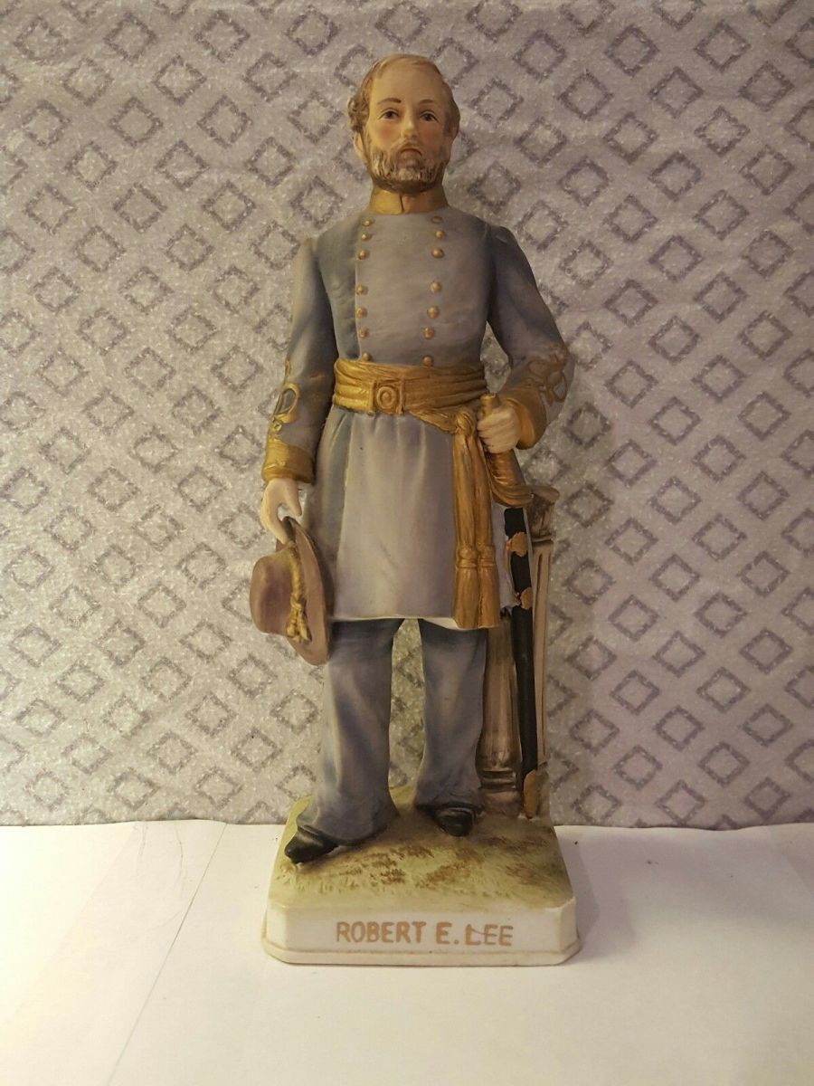 Eight inch General Robert E Lee Statue made by  Lefton Ceramic of Japan