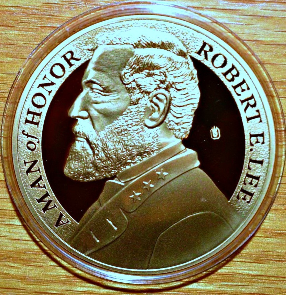 The 2011 Proof of General Robert E. Lee, this is a  Career Army Officer Commemorative Coin. Robert E. Lee was a career Army officer and among the most celebrated generals in American history. He turned down Lincoln's offer to command the Union.