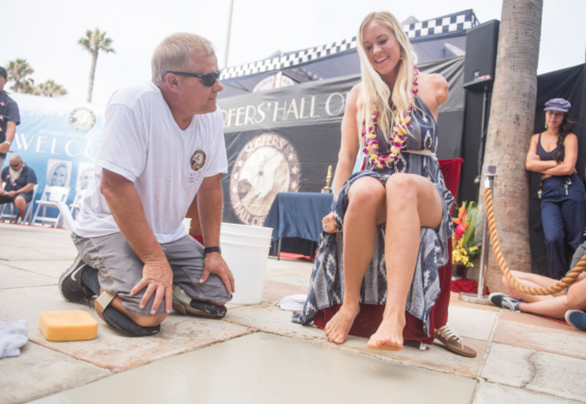 Bethany Hamilton being inducted into Surfers Hall of Fame